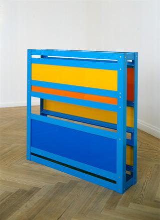 Monoculturalism, 2003. Aluminio pulimentado y perspex opaco. 100 x 100 x 20 cm.