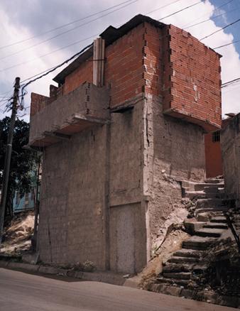 Serie Residente Pulido Ranchos. 6 Fotografias. 200 x 150 cm. 2003