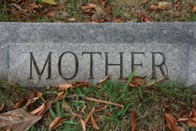 RAMON SICART. Mother, 2006. Sèrie ?Més enllà de l?oblit?.    Fotografia color. E