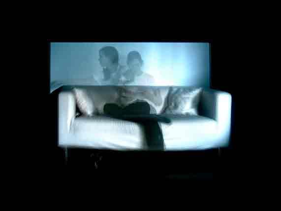 the reader, 2005. videoinstalacion