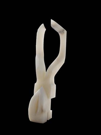 MEDULA. Alabastro. 64 x 27 x 26.4cm
