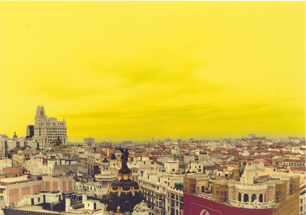True Stories Madrid,15. 2002. Fotografía en color. 180 x 240 cm.
