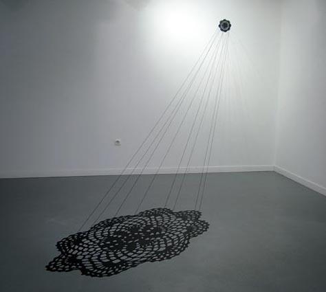 Proyección, 2008, vinilo y lana