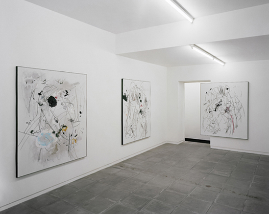 Secundino Hernández Installation view at Galeria Nuno Centeno