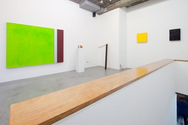 Teo Soriano. Vista de la exposición El perro minimalista. Enero 2011