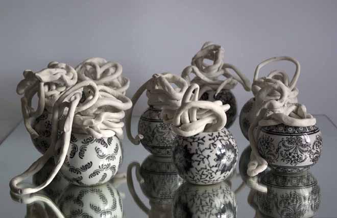 Concha García Bombas, 2012. Cerámica y porcelana