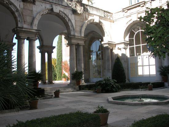 El patio de la Casa de Velázquez