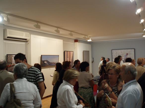 Inauguración. Pueden verse obras de M Bravo, Muñoz Vera, Cavagnaro y Carlos Vega