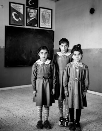 Vanessa Winship - Dulce nada Alumn. escuelas rur. z. front. de Anatolia, 2007