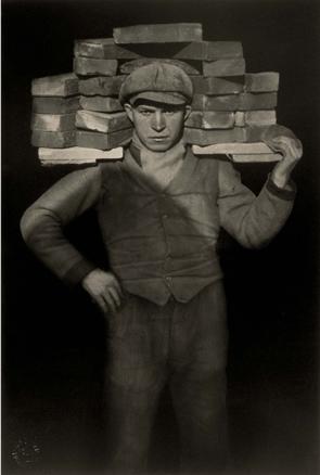 August Sander, Handlanger -albañil-, 1928