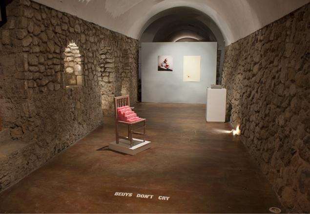 Vista general de la exposición Beuys dont cry