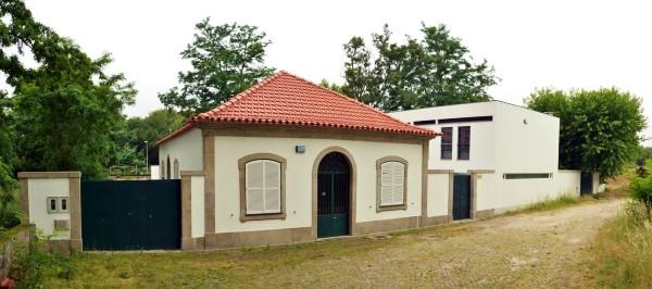Casa del Artista Pintor Jaime Isidoro. Cortesía de la Fundação Bienal de Cerveir