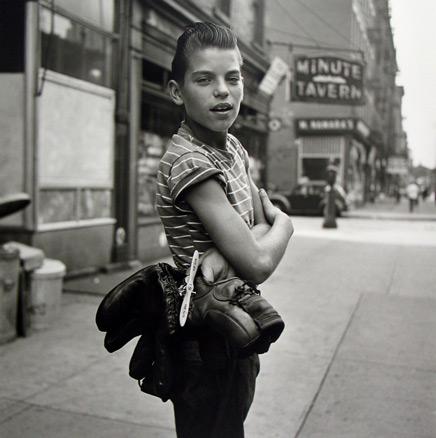 Vivian Maier, Sin titulo, 1954. Maloof Collection, Cortesía Howard Greenberg G.