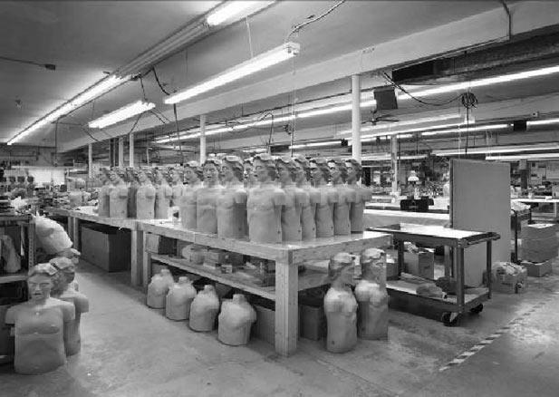 Lynne Cohen, Factory,  1994