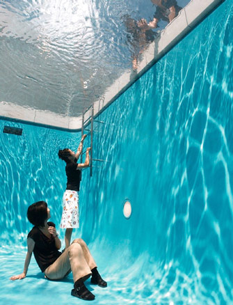 Leandro Erlich, The Swimming Pool, 2009