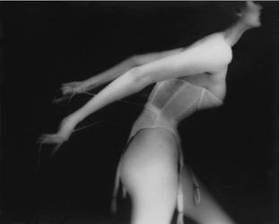 Lillian Bassman, Es un corsé, Carmen, lencería de Warner, 1951
