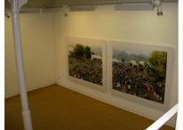 Imagen con obras de Massimo Vitali en Senda