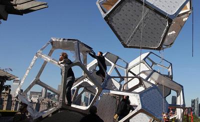 Cloud City de Tomás Saraceno | Saraceno presenta en el Metropolitan su primera gran instalación en los EE.UU.