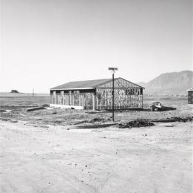 Robert Adams. Frame for Tract House, Colorado Springs. 1969   El Reina Sofia, uno de los ocho centros en acoger la itinerante de Robert Adams