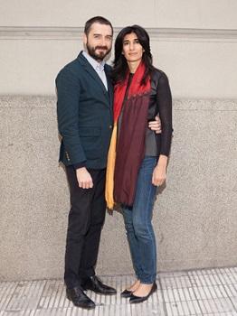 Agustín Pérez Rubio junto a Abaseh Mirvali. Foto tomada de arteBA | Agustín Pérez Rubio: tras dejar el MUSAC se centra en Latinoamérica
