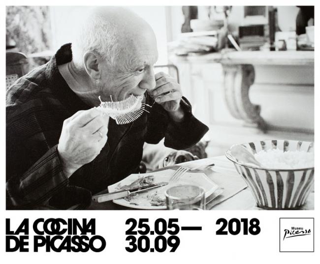 Picasso a La Californie realizando Corrida de toros y pez (reverso: Caras)  Canes, abril de 1957 Fondo David Douglas Duncan Arxiu Museu Picasso de Barcelona © Sucesión Pablo Picasso, VEGAP, Madrid 2018