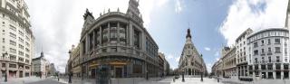 """Jesús Ubera. """"Calle Alcalá a la altura del metro Sevilla. 26 de Abril del 2020. 14:00 h"""", 2020.  Impresión digital sobre Dibond de 5 mm 120 x 417 cm.  Ed. 3"""