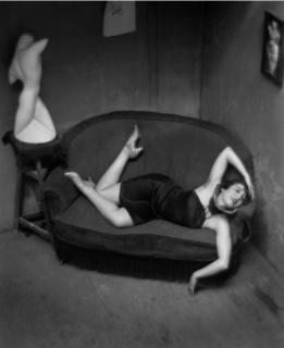 André Kertész, Satiric Dancer, 1926 © Ministère de la Culture et de la Communication - Médiathèque de l´architecture et du patrimoine, Dist. RMN-Grand Palais / Donation André Kertész