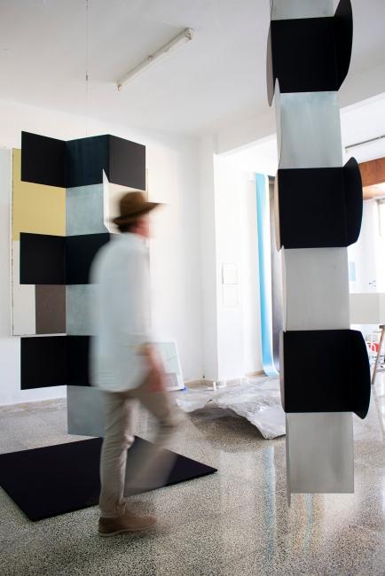 Ñaco Fabré en su estudio — Cortesía de Aba Art Lab