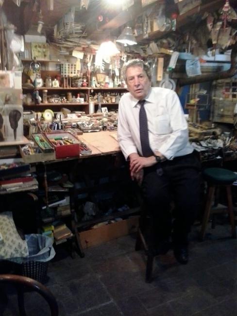 Francesc Subarroca a l'estudi c/Jaume I — Cortesía del Consorci Museu d'Art Contemporani de Mataró