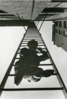 Alexander Rodchenko. Escalera de incendio, 1925 © 1994, ARCHIVO LAFUENTE