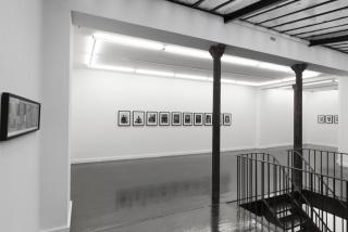 Vista de la exposición «Gloria Mundi» de Paz Errázuriz — Cortesía de mor charpentier