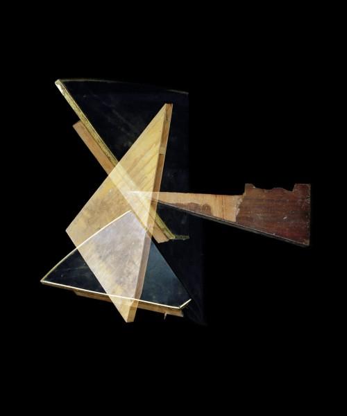 Alejandra Laviada, Spatial Triangles, 2014