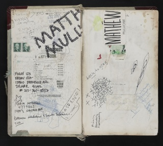 "MATT MULLICAN. ""The Green Book, Major Formative Book Outlining All Projects"", circa 1972 — Cortesía de ProjecteSD"