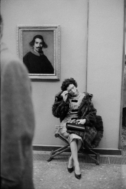 © Museo del Prado. Circa 1960. Ramón Masats — Cortesía de la Galería Blanca Berlín