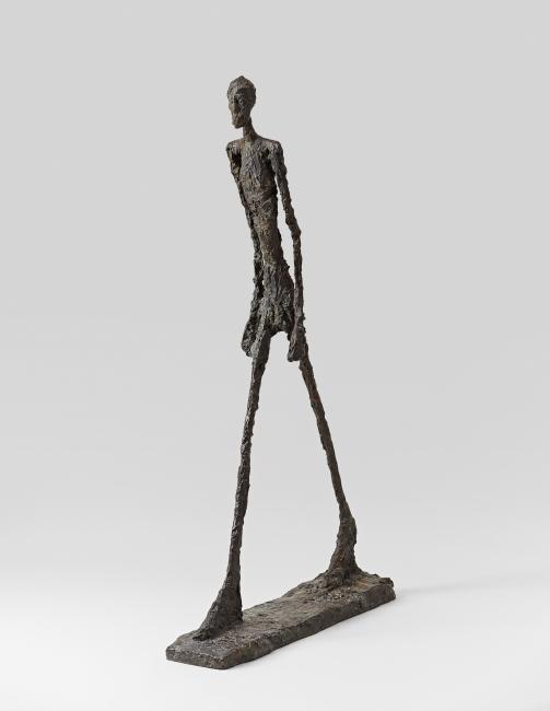 Hombre andando II, 1960 (4/6) * Alberto Giacometti Bronce Riehen/Basilea, Fondation Beyeler, Beyeler Collection © Alberto Giacometti Estate / VEGAP, Madrid, 2019