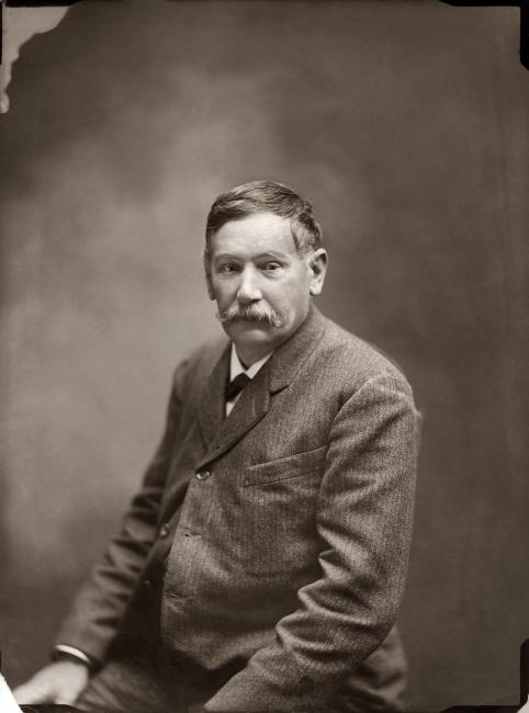 Antonio Cánovas del Castillo y Vallejo «Kaulak», Retrato de Galdós, 1905 — Cortesía de la Comunidad de Madrid