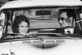 David Goldblatt, While in traffic, 1967. Col.lecció Per Amor a l'Art © David Goldblatt