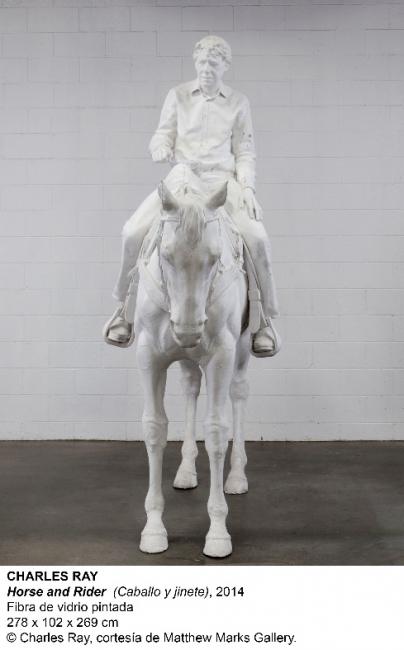 Charles Ray, Horse and Rider, 2014. Fibra de vidrio pintada, 278x102x269 cm. © Charles Ray, cortesía de Matthew Marks Gallery & Cortesía del Museo Nacional Centro de Arte Reina Sofía
