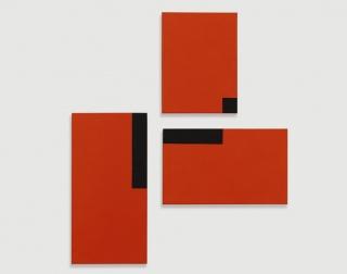 César Paternosto. Red Trio #6, 2015. Colección del artista, Segovia – Cortesía del Museo Nacional Thyssen-Bornemisza