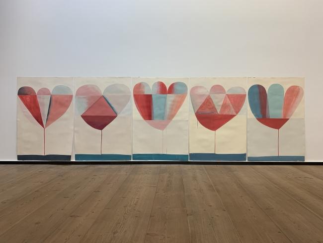Sabine Finkenauer. Flores, 2019. Acrílico sobre papel. 112 x 76 cm. Cortesía de la galería Rafael Pérez Hernando