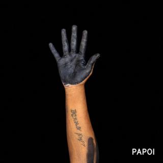 JONATHAS DE ANDRADE 'Fome de Resistência – Mulheres Kayapó Menkragnoti (da série Infindável Mapa da Fome)' 2020 — Cortesía de Galleria Continua