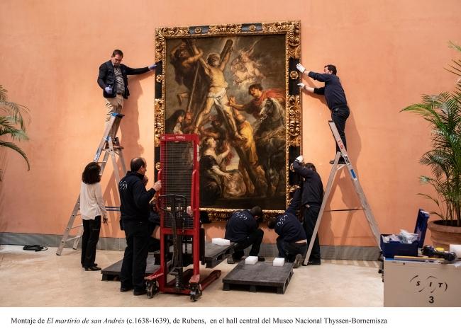 Montaje de «El martirio de san Andrés» (c. 1638-39), de Rubens en el hall central del Museo Nacional Thyssen-Bornemisza — Cortesía del Museo Nacional Thyssen-Bornemisza