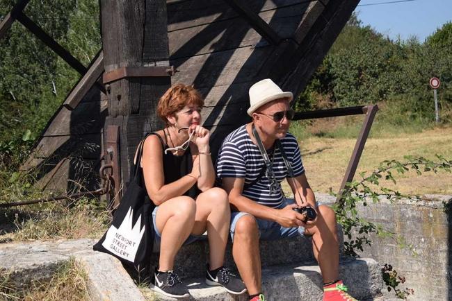 Rocío López Zarandieta y Miguel Ángel Concepción en Arles, directores del festival.