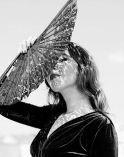Rocío Márquez © JAVIER SALAS, VEGAP, MADRID 2019 — Cortesía del Festival PHotoEspaña