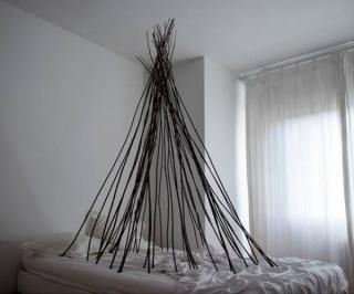 Lola Guerrera, Cama, serie Lo vulnerable -primer premio de fotografía-