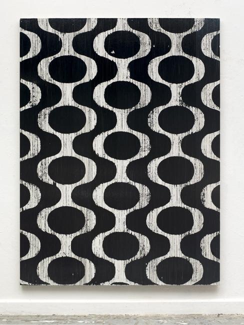 Gregor Hildebrandt. Wunder Dich Nicht Über, Die Route Die Ich Nehme (Thees Uhlmann), 2017. Magnetic cassette coating, adhesive tape and acrylic on canvas, 217 x 162.5 cm — Cortesía de Arte Madrid