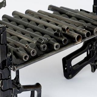 Pedro Reyes, Disarm (Xylophone), 2016 (detail) © Pedro Reyes — Cortesía del Museum Tinguely