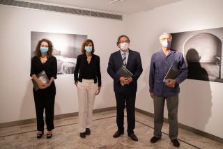 """Inauguración de la exposición """"El tiempo vencido"""" — Cortesía de la Fundación Cajasol"""