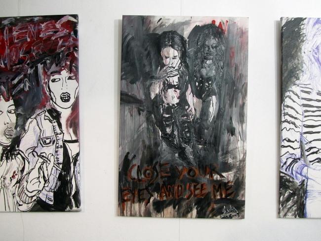 Cuadros de la exposición Reinas del Punk