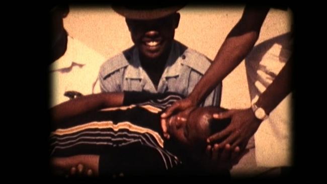 Catarina Simão, Effects of wording [Efeito e redação] - The Mozambique Archive Series — Cortesía del MASP